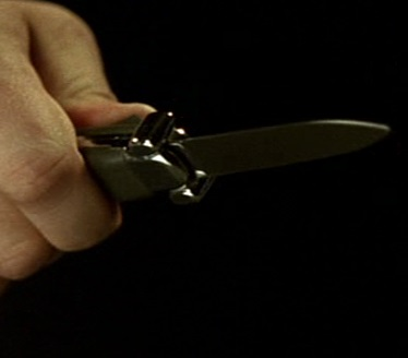 File:6x13 knife.jpg
