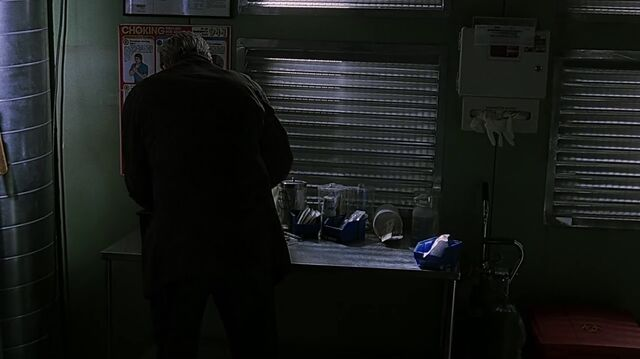 File:1x08 medical station 3.jpg