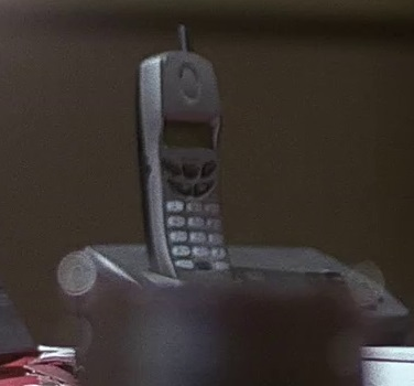 File:2x11 Palmer cordless phone.jpg