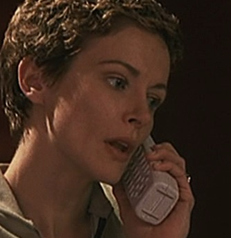 File:1x01 Bauer house phone.jpg
