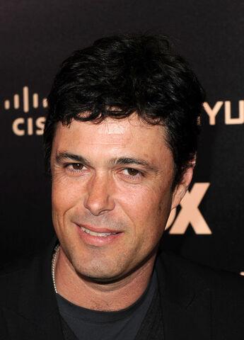 File:Carlos Bernard at 2010 FOX series finale party.jpg