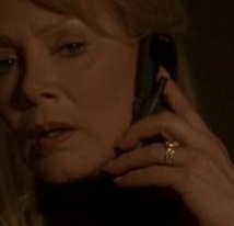 File:5x23 Martha phone.jpg