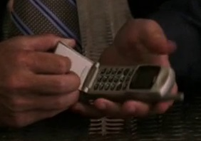 File:5x03 hostage phone.jpg
