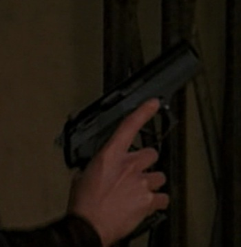 File:3x22 Beretta Cougar.jpg