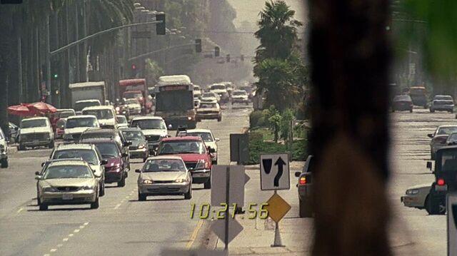 File:2x03 bus road.jpg