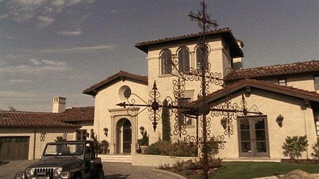 File:3x02 Salazar Ranch.jpg