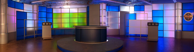 File:Small-maxwell-AFB-broadcast-tv-set-design-panoramic-1.jpg