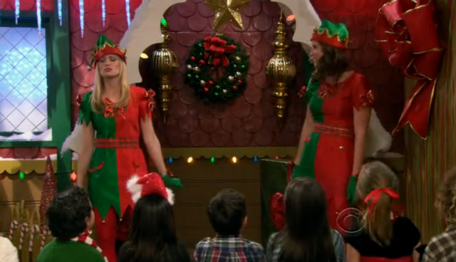 File:Christmas Episode 7.png