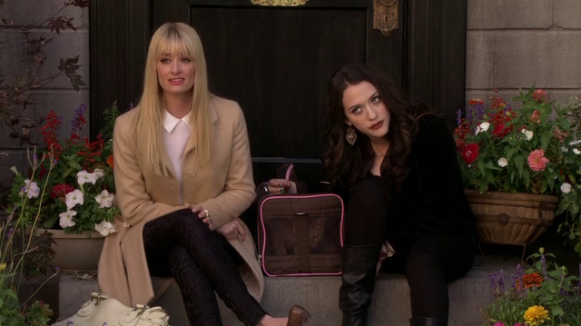 File:2-broke-girls-3x03.png