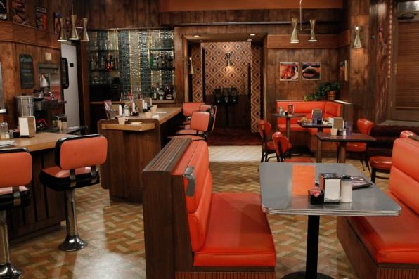 File:Williamsburg Diner.png