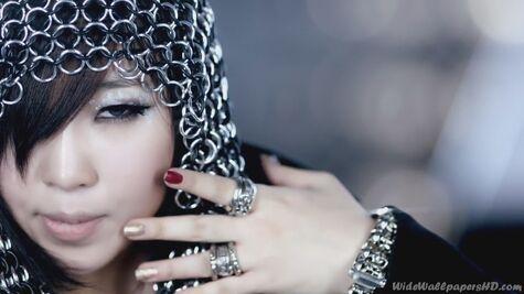 Gong-Min-ji-Close-Up-2-I-am-The-Best-K-Pop-2NE1-Wallpapers