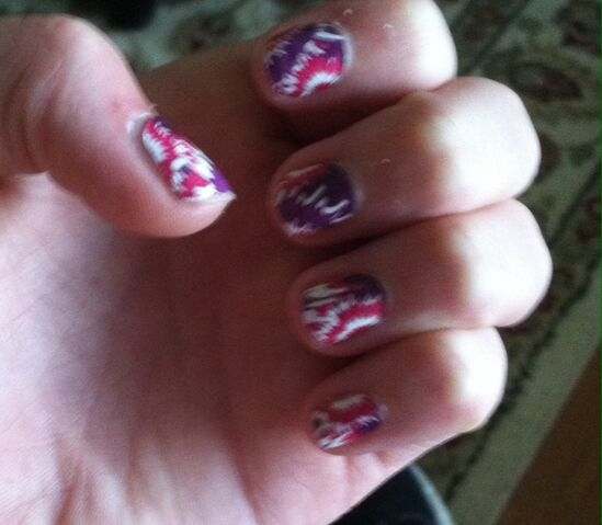 File:My mom insisted on doing nail stickers.jpg