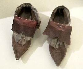 File:17childshoe.jpg
