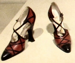 File:20twentiesshoes.jpg
