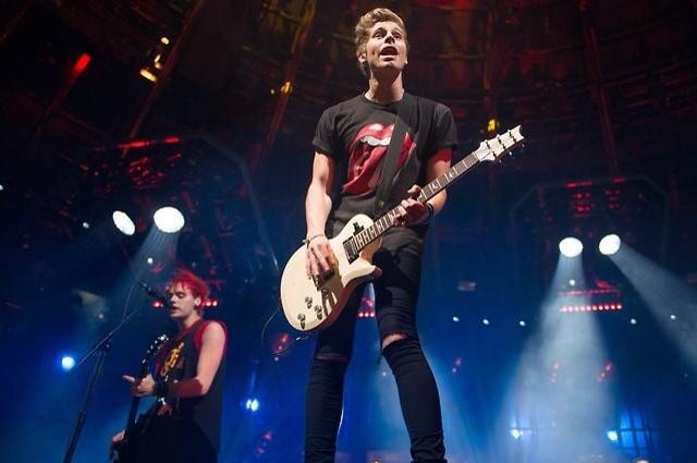 File:Itunes music festival 2014 5 seconds of summer (46).jpg