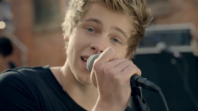 File:5 Seconds of Summer - She Looks So Perfect - 5 Seconds of Summer Wiki (5).png