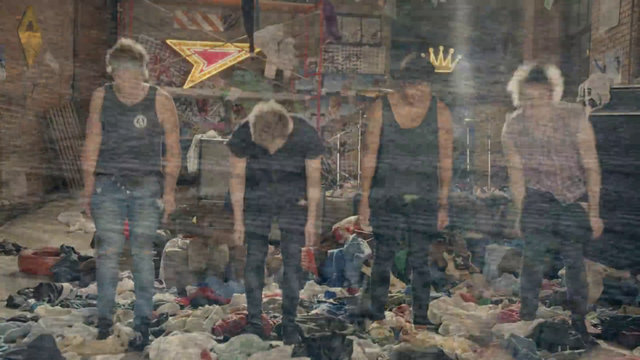 File:5 Seconds of Summer - She Looks So Perfect - 5 Seconds of Summer Wiki (176).png