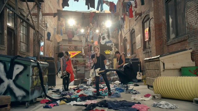 File:5 Seconds of Summer - She Looks So Perfect - 5 Seconds of Summer Wiki (136).png