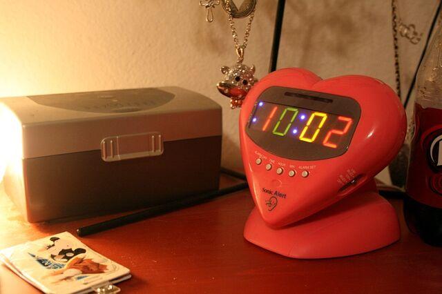 File:Multi-Color Alarm Clock.jpg
