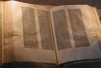 File:Bible.jpg