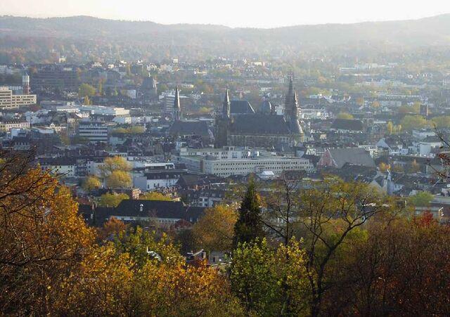 Datei:Aachen vom Lousberg.jpg