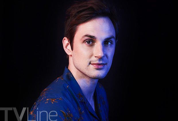 File:Once-upon-a-time-comic-con-andrew-west.jpg