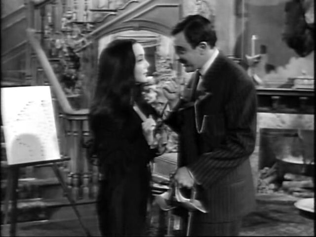 File:16.The.Addams.Family.Meets.the.Undercover.Man 048.jpg