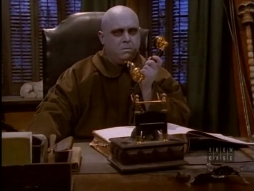 File:The.new.addams.family.s01e05.fester's.punctured.romance023.jpg