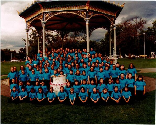 File:1998 AGC 10th Birthday at Elder Park.jpg