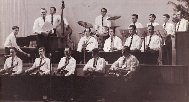 File:Neville Dunn Orchestra.jpg