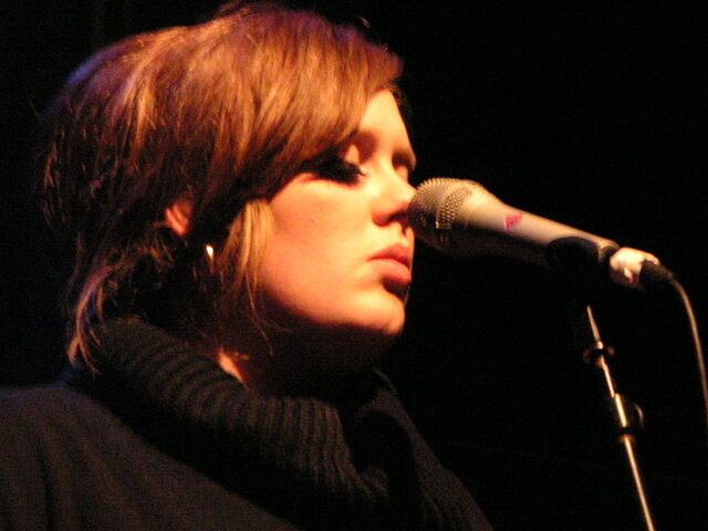 File:800px-Adele 2009.jpg