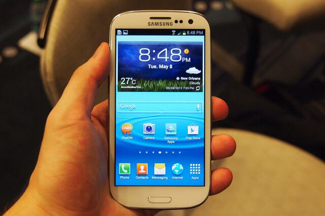 File:Samsung-galaxy-s3-hands-on-9.jpeg