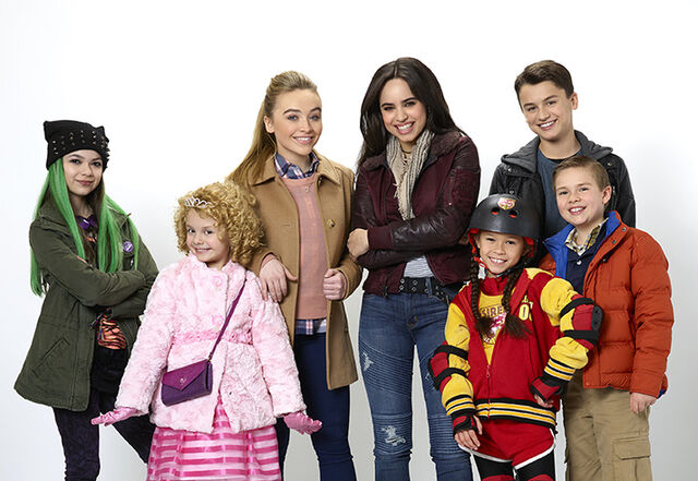 File:Adventures-in-Babysitting-Cast-1 (1).jpg