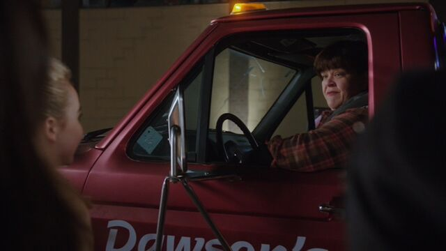 File:Trixie from Dawson's Towing.jpg