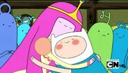 Princess Bubbleggum and Finn hugging