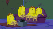 S6e20 More Banana Guards