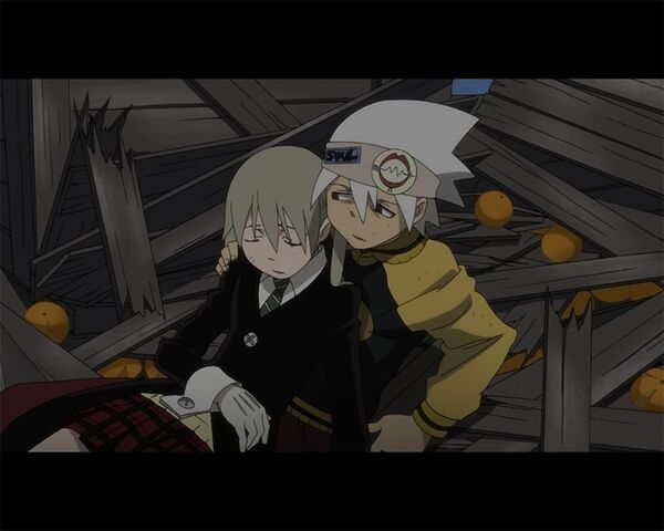 File:Maka, soul, and destroyed crates hanging out.jpg