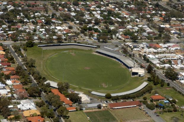 File:Fremantle Oval 1.jpg