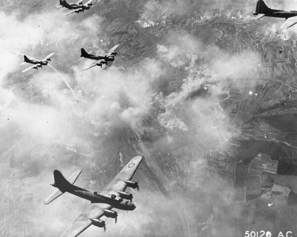 File:752px-B-17F formation over Schweinfurt, Germany, August 17, 1943.jpg