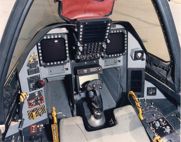 File:Cockpit-Test-Cavok-15.jpg