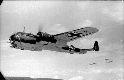 Bundesarchiv Bild 101I-341-0489-10A, Frankreich, Flugzeug Dornier Do 17 Z