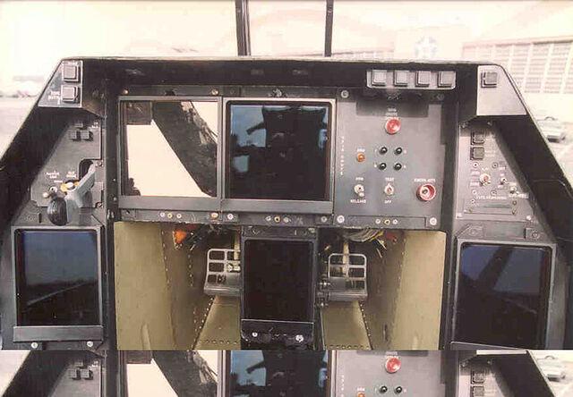 File:800px-Lockheed-Boeing-General Dynamics YF-22 Raptor cockpit 3 USAF.jpg