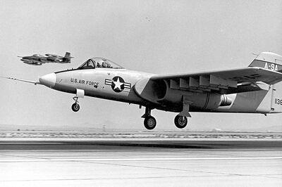 800px-Northrop A-9A at touchdown