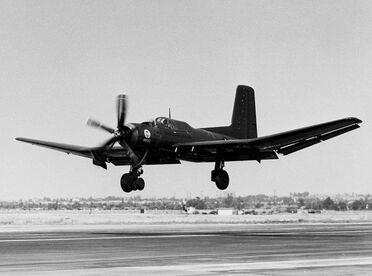 800px-Douglas XTB2D-1 landing c1945