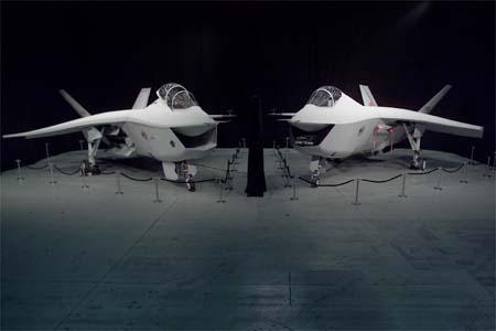 File:X-32both.jpg