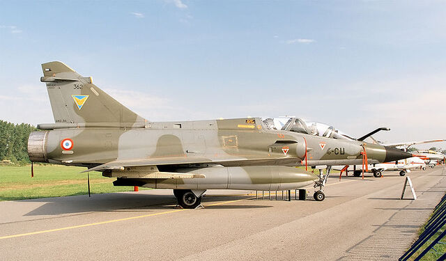 File:800px-Mirage 2000 of French Air Force (reg. 362), static display, Radom AirShow 2005, Poland.jpg
