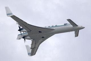 640px-Beechcraft Starship fly-by