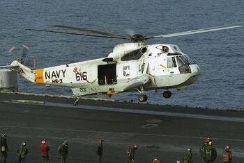 SH-3H HS-3 landing USS Saratoga (CV-60) 1986