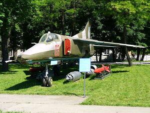 800px-MiG-27K 2008 G9-1-