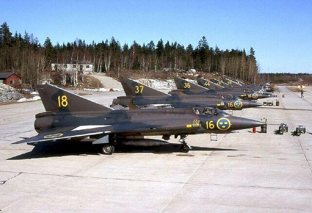 File:800px-Saab J 35A-01.jpg